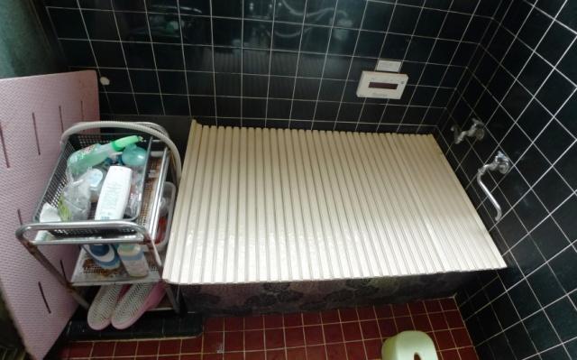 before:以前はステンレスの浴槽で冬場はお湯がすぐに冷めてしまうとご不満でした。