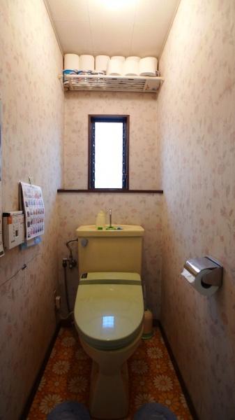before:新築時より修理しながら使用され続けたトイレ