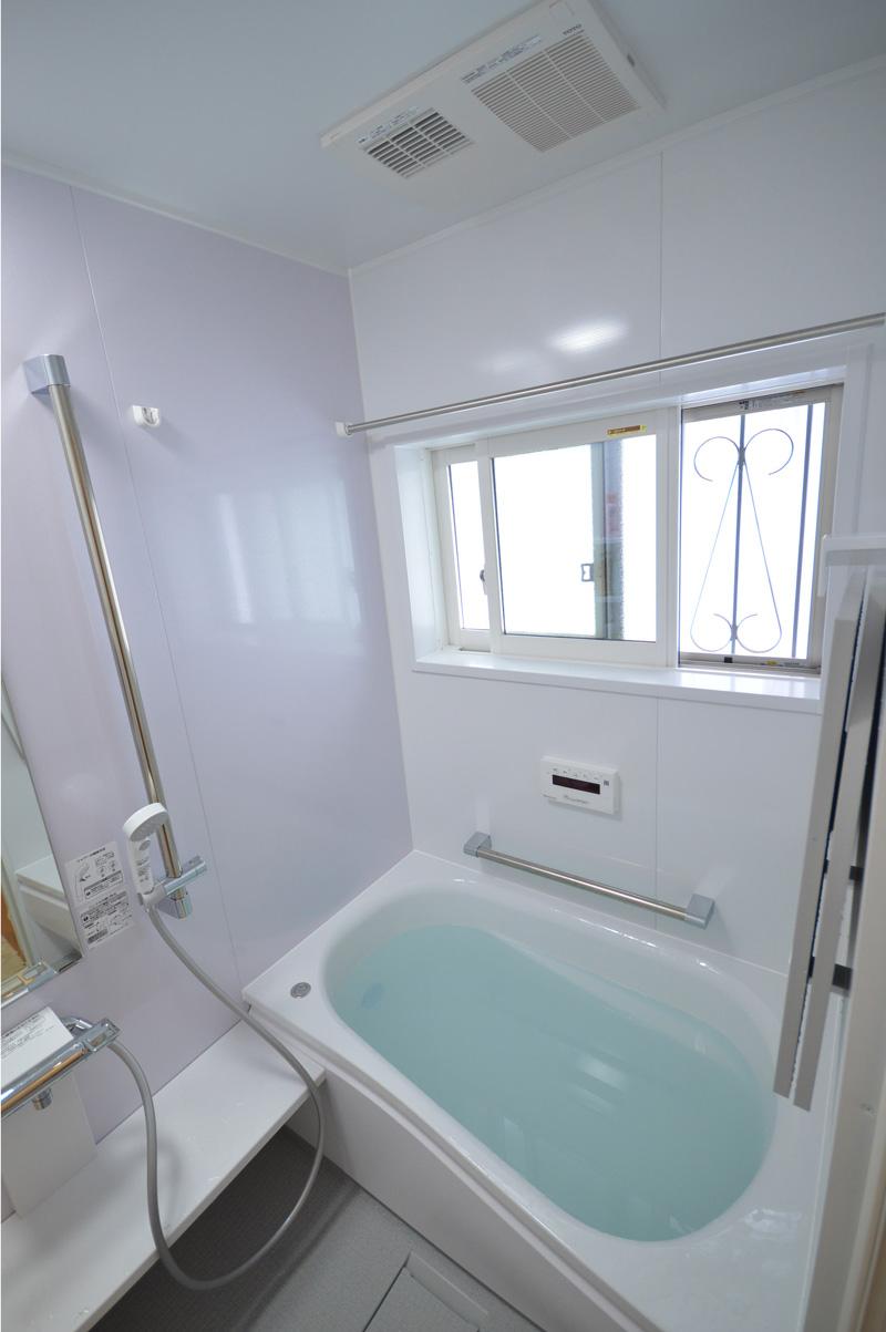 After:浴室には内窓をご提案。せっかく浴室があたたかくなっても窓からの冷気で一気に冷めてしまいます。