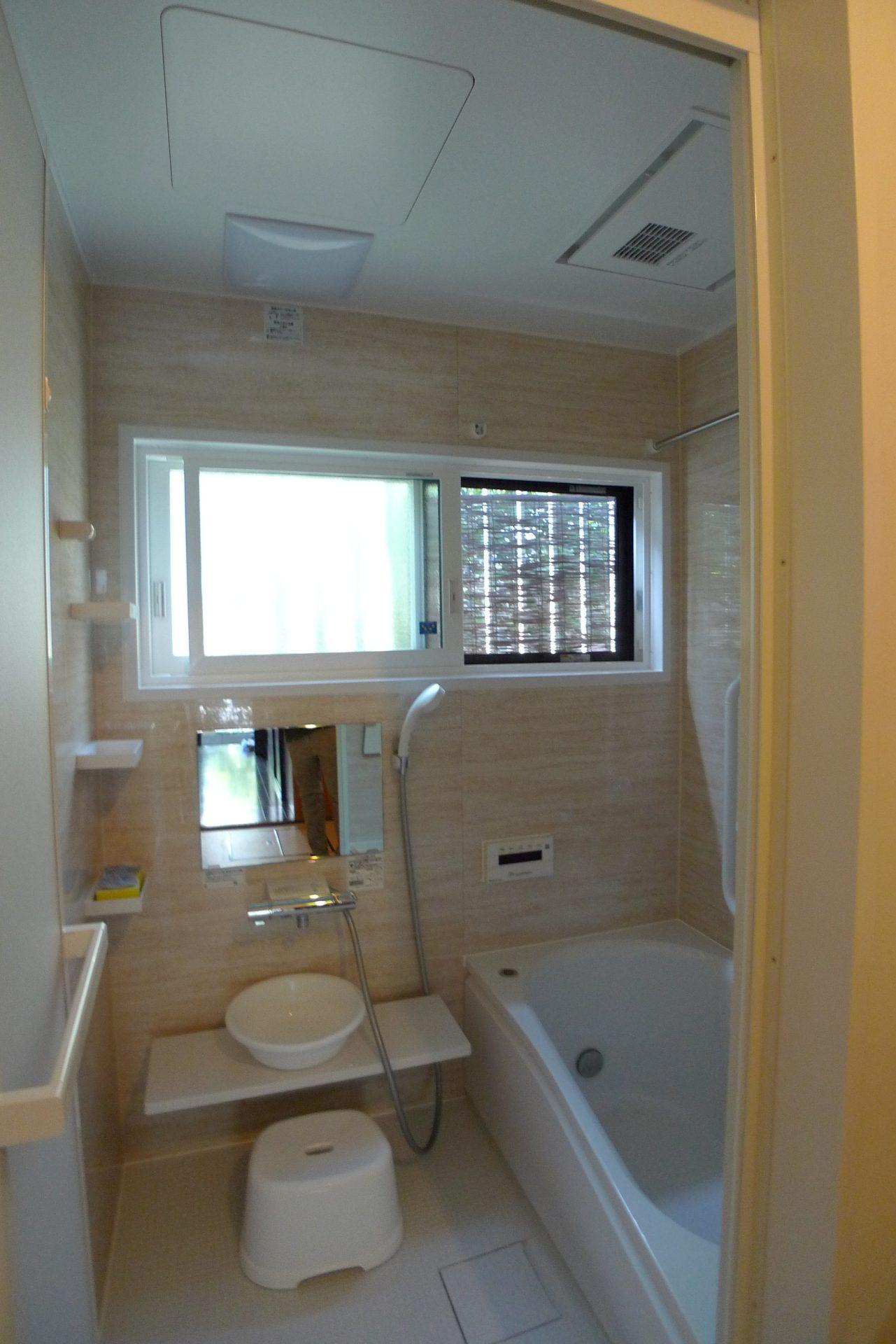 After:樹脂サッシと断熱パックで断熱性能ばっちりの浴室へ