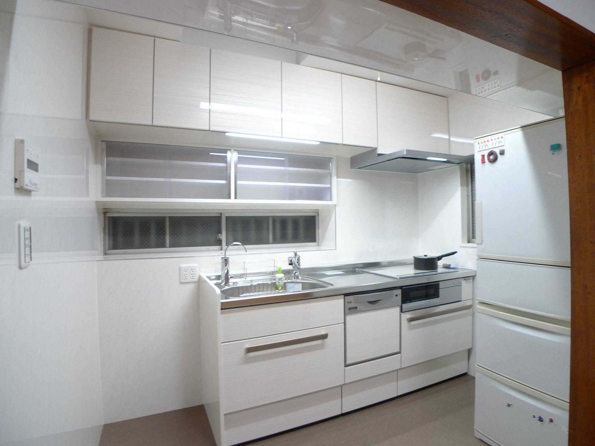 After:ご希望のLIXIL リシェルSiと造作家具で仕上げたキッチン。