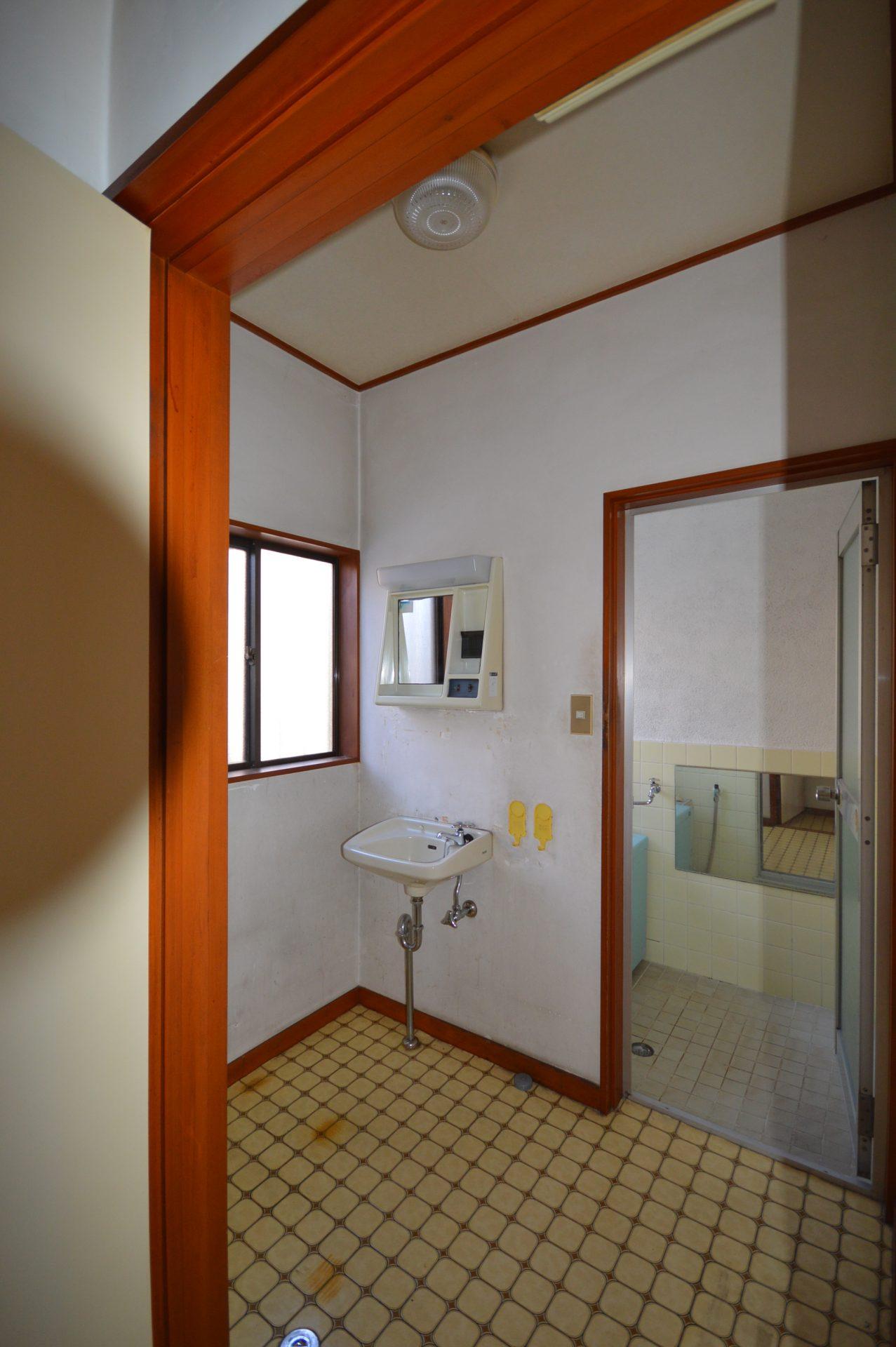 Before : 洗面/浴室
