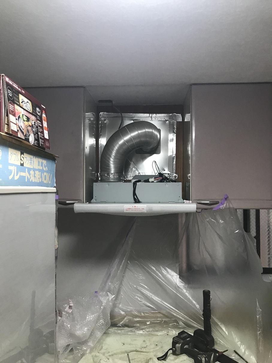 工事中:シロッコファン設置完了