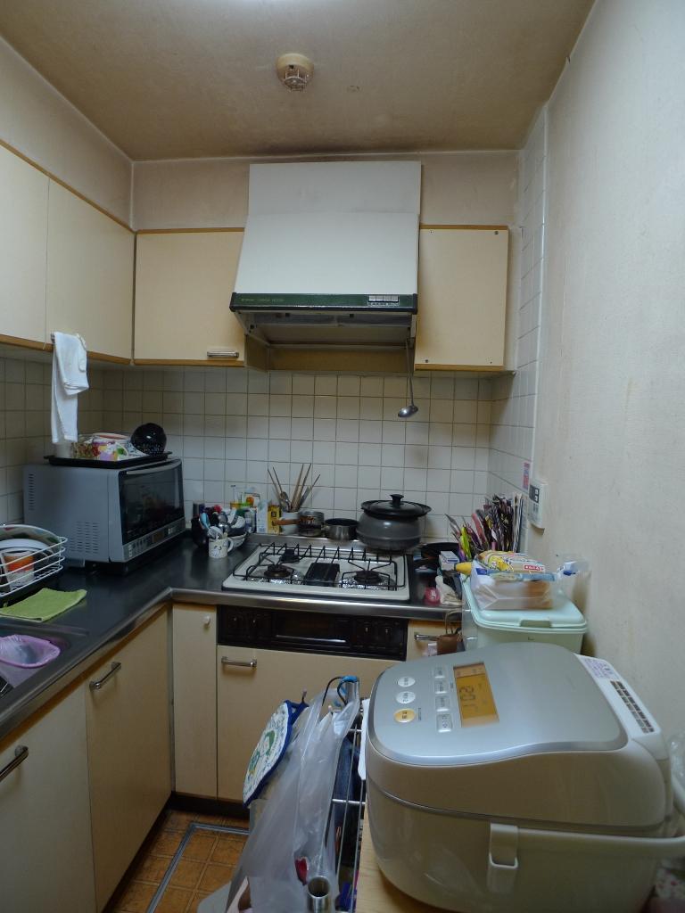 Before:L型キッチン