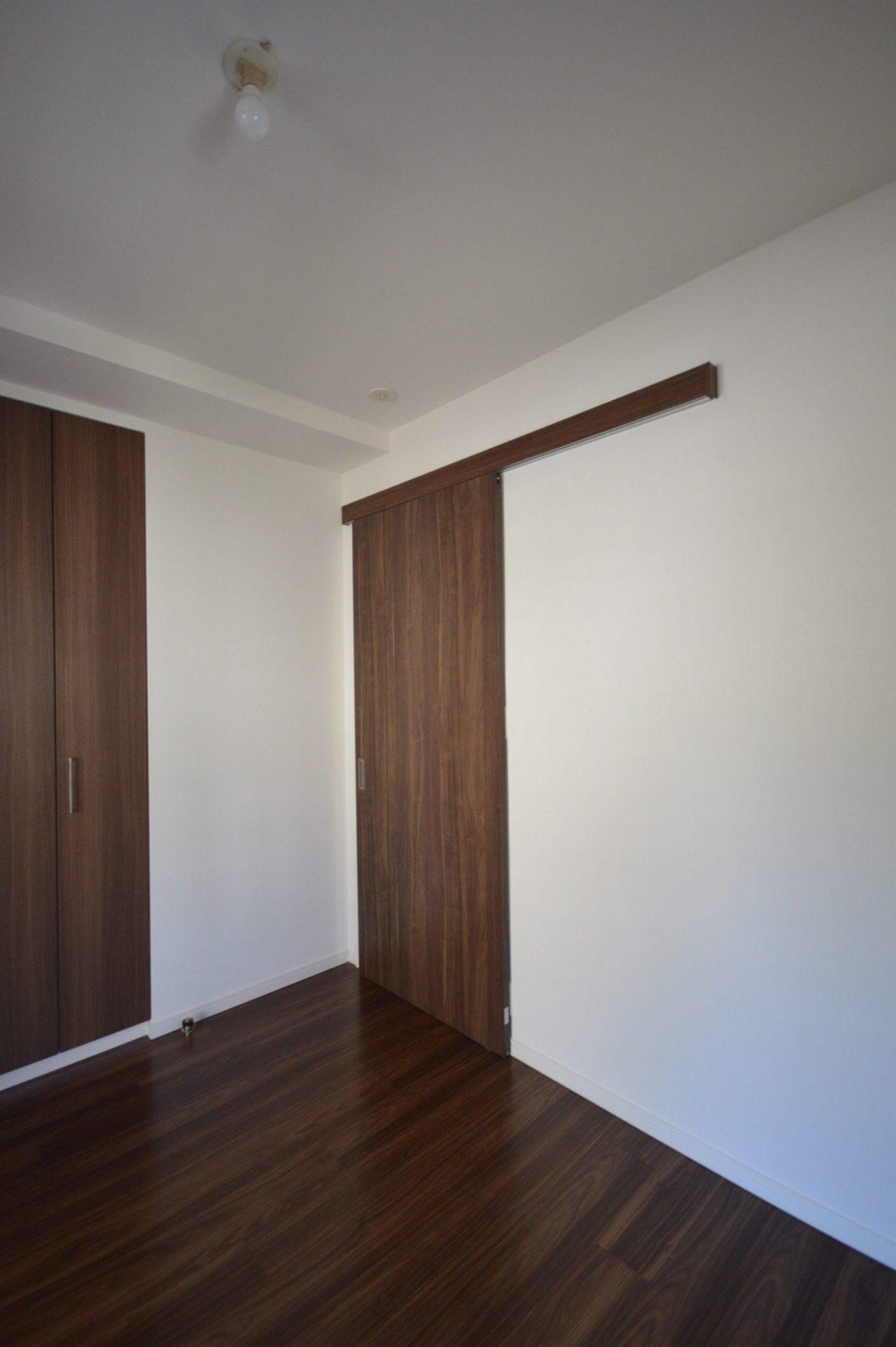 寝室ドア・引き戸(close) After