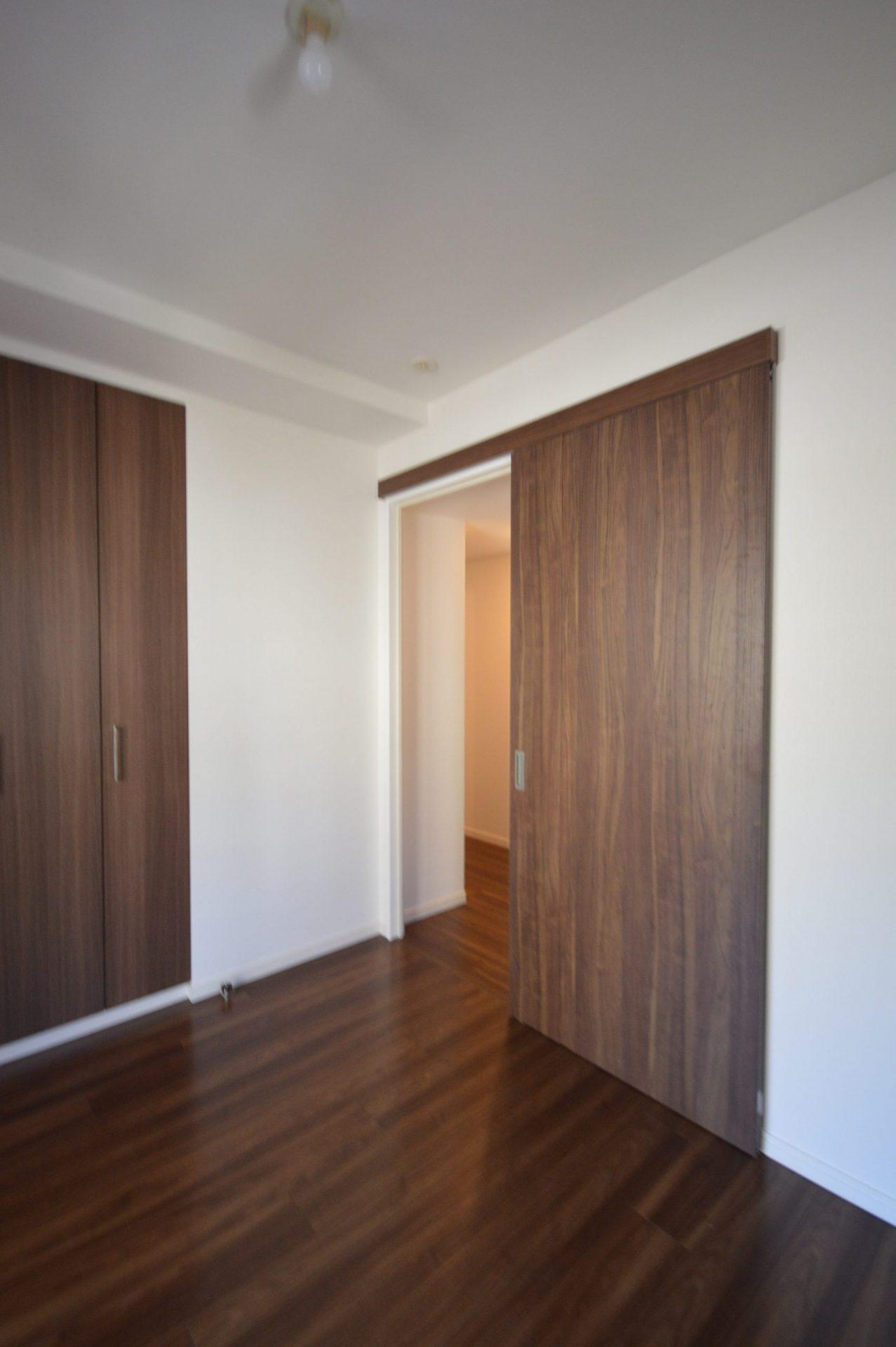寝室ドア・引き戸(open) After