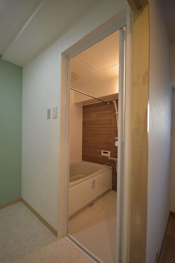 浴室入口AFTER